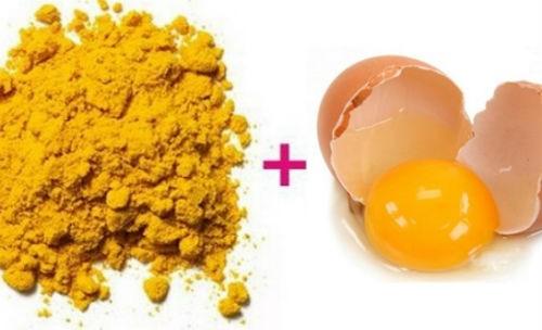 Mặt nạ nghệ trộn lòng đỏ trứng gà