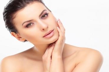 5 cách sử dụng tinh bột nghệ làm đẹp sau sinh hiệu quả