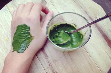 Công thức làm đẹp da từ bột trà xanh